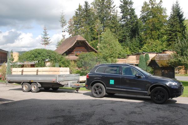 Birrerholz-Jeep-Anhaenger